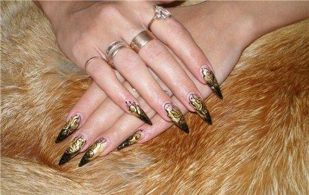 Какие бывают лак для ногтей